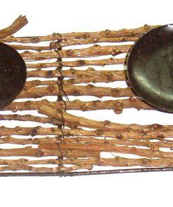 Suport din metal și lemn pentru lumânări
