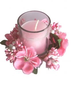 Lumanare roz in pahar de sticla cu ornament Feng Shui