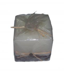 Lumanare maro in forma de tort pentru slabit