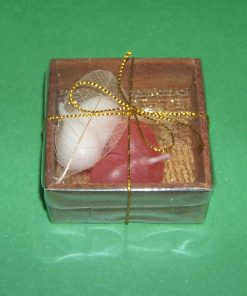 Set de 2 lumanari in forma de inima alb si rosu pentru ritualuri de legale